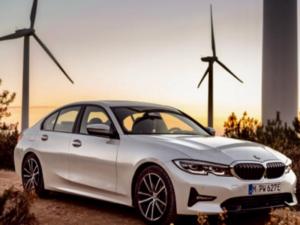 BMW 330e xDrive Profilo