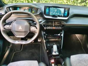 Peugeot E 208 GT dashoboard