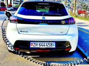 Peugeot E 208 GT ricvarica post