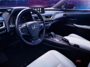 Lexus UXe Dashboard 1