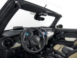 Mini Cabrio Dashboard