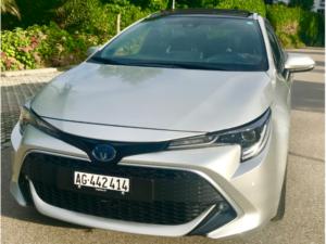 Toyota Corolla Touring Sports 2.0 Hybrid Anteriore