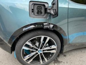 BMW i3 dettaglio vano ricarica c