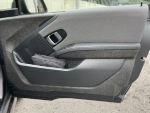 BMW i3 portiera anteriore