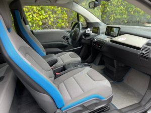 BMW i3 seduta anteriore