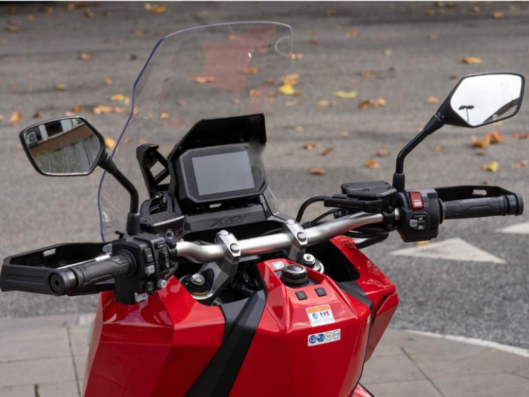 Honda X-ADV guida