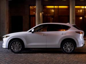 Mazda CX5 2022 Signature Profilo